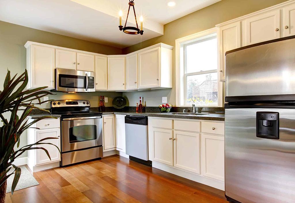 a nice cozy kitchen